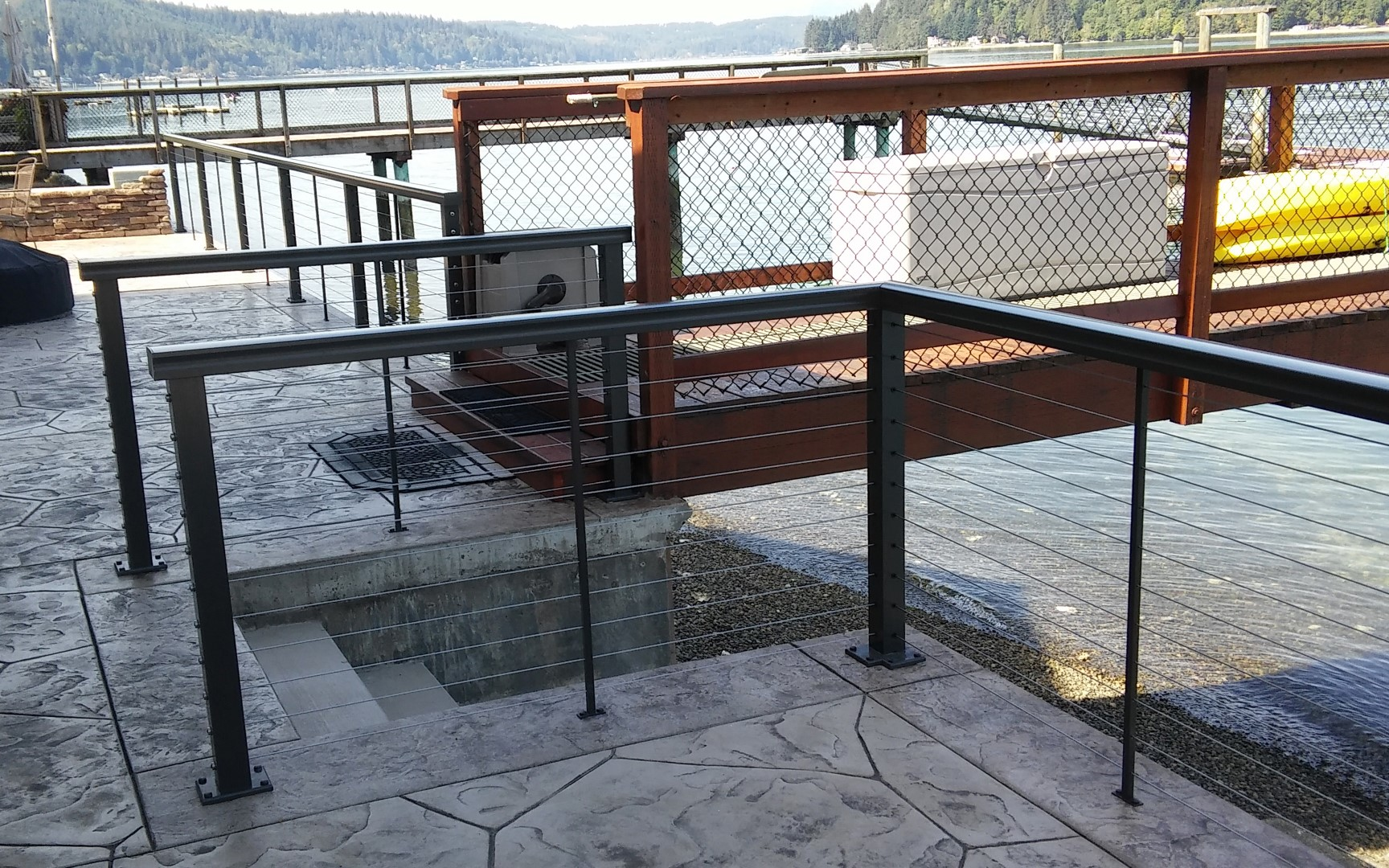 Stainless Steel Cable Railing | CrystaLite, Inc.